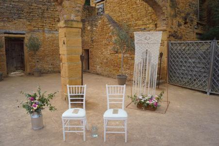 arche en macramé pour cérémonie de mariage