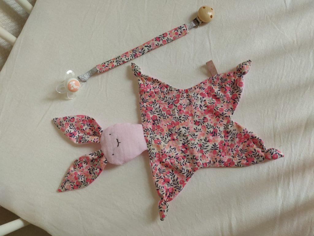 accessoires bébé doudou lapin
