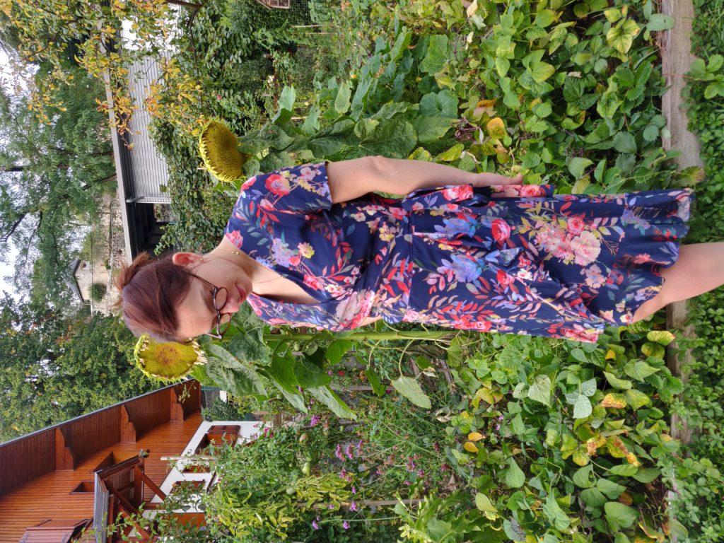 robe charlotte de profil