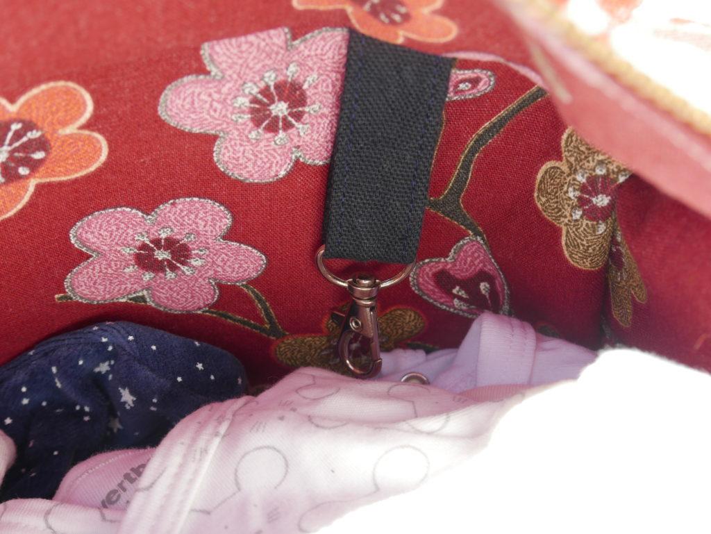 sac à langer crochet intérieur